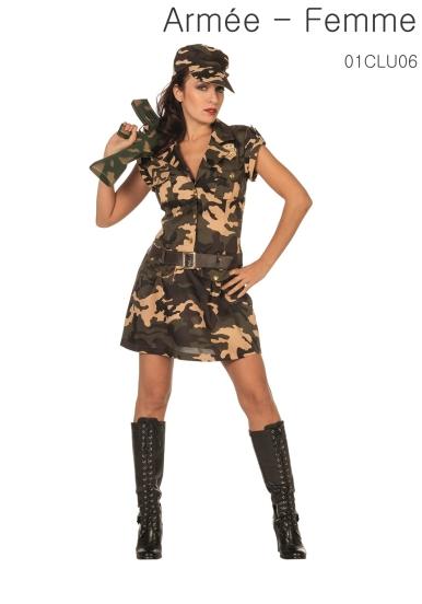 La robe et la ceinture intégrée