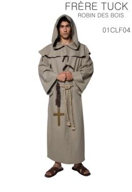 La robe avec capuche, la ceinture et la croix.