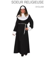 La robe complète avec capuche et ceinture