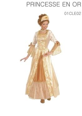 La robe avec cerceau et la coiffe